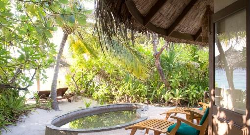 Coco palm dhuni kolhu deluxe villa3320