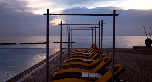 Latitude-pool-bodu-hithi3