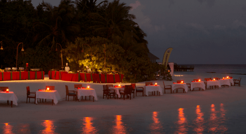 Coco Bodu Hithi Restaurants & Bars