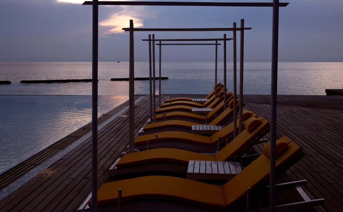 latitude-pool-bodu-hithi3.jpg